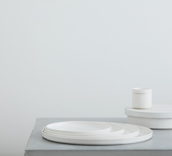 Sept white with concrete white lid